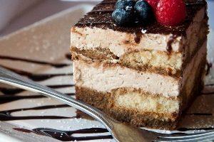 Торт тирамису — рецепт в домашних условиях с фото и видео, как выбрать начинку блюда