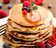 Блины на дрожжах рецепт — толстые и пышные, которые точно понравятся всей вашей семье