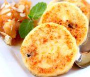 Рецепты сырников с творогом на сковороде с манкой — советы от лучших поваров мира