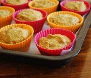 Рецепт кексов на кефире в силиконовых формочках — каковы нюансы приготовления