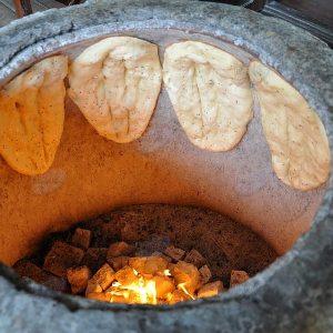классический способ приготовления лепешек в тандыре