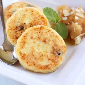 жарим нежный десерт с добавлением манки