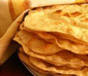 Лепешки на дрожжах — как приготовить блюдо на сковороде без особых усилий